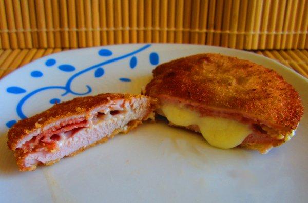 Libritos de lomo, queso y jamón