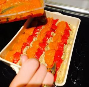 preparando los pimientos para hornear