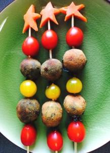 Nuestro árbol de navidad de croquetas de espinacas y piñones