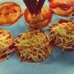 queso mini pizzas