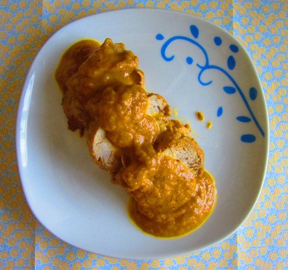 solomillo de cerdo en salsa con orejones y ciruelas pasas